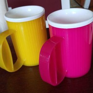 NEW Vintage Tupperware Insulated mugs